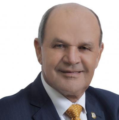 Senador somete resolución inclusión de obras para Sánchez Ramírez