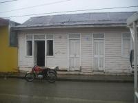 Desalojan oficina del Inapa en Sabana de la Mar por falta de pago: