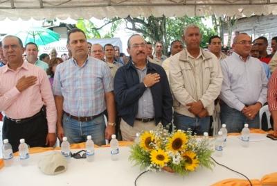 Agricultura entrega planta empacadora de vegetales para exportación Jima Abajo