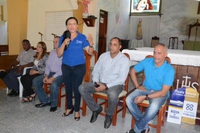 Ministerio Público realiza encuentro comunitario en Valverde