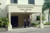 Policía recupera en taller tres vehículos robados