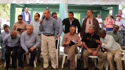 Presidente Danilo Medina financía 32,000 tareas para la siembra de caña: