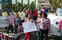 Protestan en Tenares