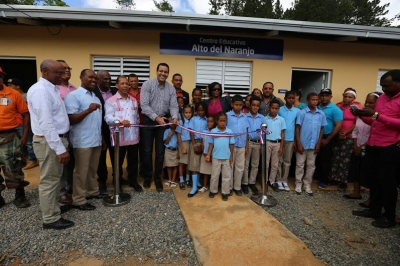 Fundación y Minerd inauguran escuela en Bonao: