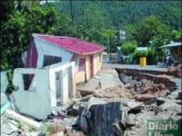 Derrumbe en el municipio de Sánchez en 2005, donde 180 familias perdieron sus casas.
