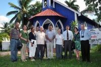 Parte de la delegación a las puertas de la Iglesia Nuestra Señora de Lourdes.