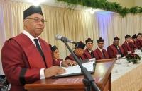 Milton Ray Guevara, presidente del Tribunal Constuticional de República Dominicana, mientras se dirige al público en la sesión realizada en la provincia Altagracia.