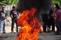 Municipio de Licey realiza huelga demandando arreglo de sus calles