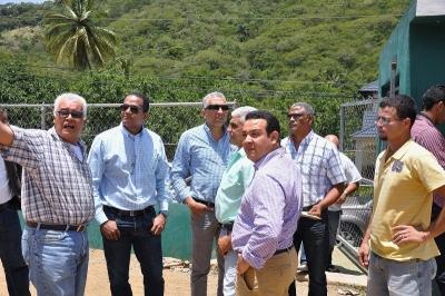 Senador Valentín lleva soluciones a Navarrete y Jánico