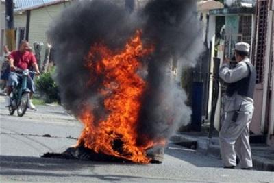 Matan joven en protestas contra apagones Pimentel