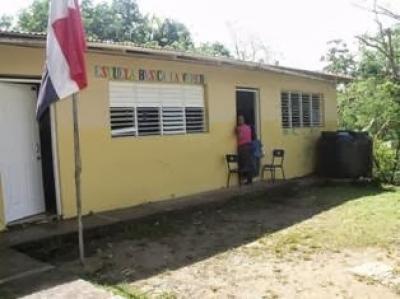Piden nombramiento de maestro en la escuela de Los Mosquitos