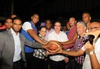 Club deportivo en Los Alcarrizos dedica torneo a ministro de turismo: