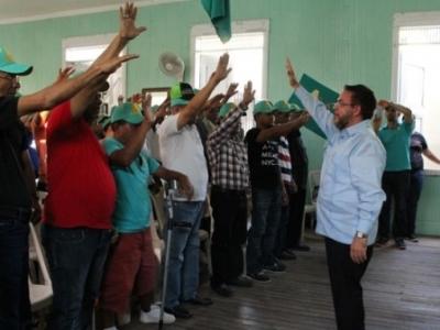 Alianza País juramenta nuevos miembros en Tamboril: