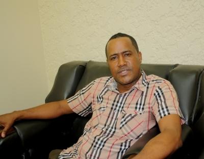Alcalde de Las Clavellinas, Jochy Ramírez, dijo que espera que la instalación de alambres eléctricos en el pley municipal, por parte de la administración de la Hidroeléctrica Los Toros