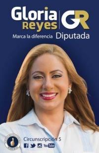 Gloria Reyes y Orlando Jorge Mera recorren Los Alcarrizos: