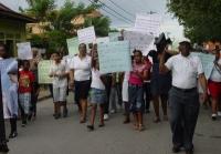 Evangélicos marchan por el mes de la Biblia en El Valle