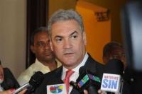 Ministro de Obras Públicas y Hubieres se reúnen por huelga en Monte Plata: