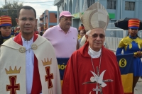 El obispo de San Juan, monseñor José Dolores Grullón y el presidente de La Unión Demócrata Cristiana, Luis Acosta Moreta, encabezan la actividad