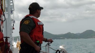 Armada frustra viaje ilegal de 19 personas a Puerto Rico: