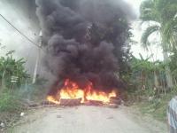 """Comunidades Salcedo protestan por """"incumplimiento"""" de autoridades:"""