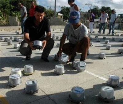 El Mamey y Los Hidalgos: quitan contadores de Edenorte