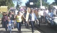 Realizan Marcha en demanda de la construcción de Carretera de Uveral en Licey al Medio