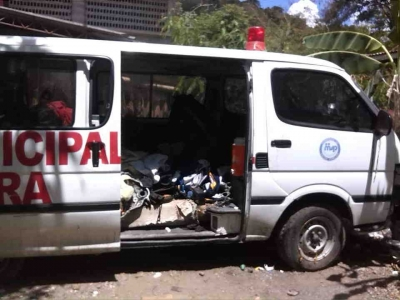 Ambulancia del hospital municipal de Altamira totalmente dañada