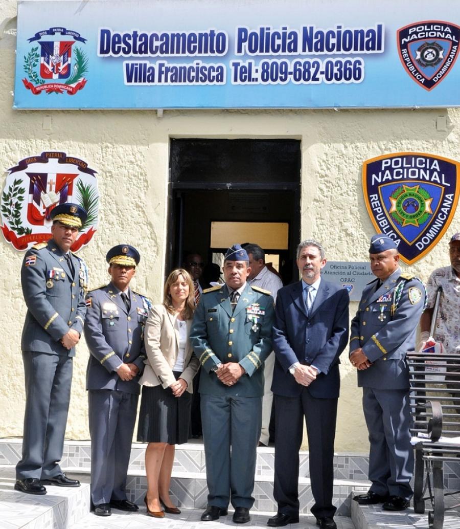 Inauguran La Primera Oficina Policial De Atención Al